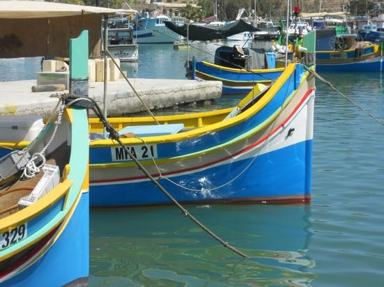 68287_barca_con_occhi_la_valletta