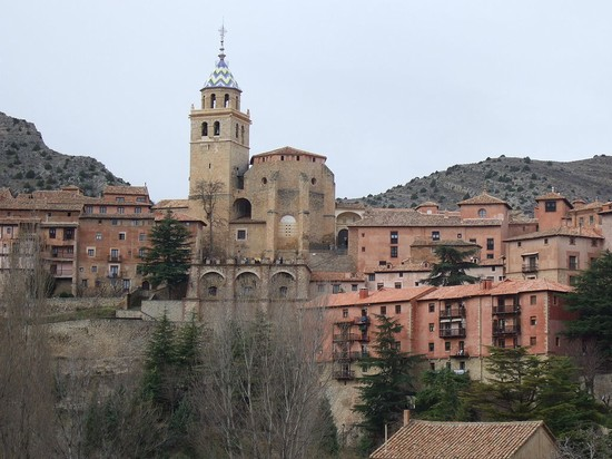 94993_albarracin_albarracin_vista_con_catedral
