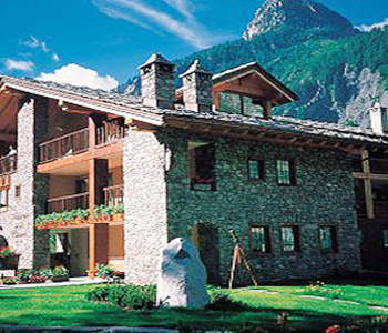 Auberge de la maison in courmayeur compare prices for Auberge de la maison courmayeur tripadvisor