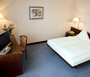 Hotel: The Weitzer - FOTO 3