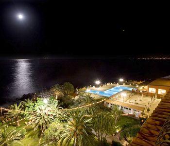 Russott hotel a giardini naxos confronta i prezzi - Hotel la riva giardini naxos ...