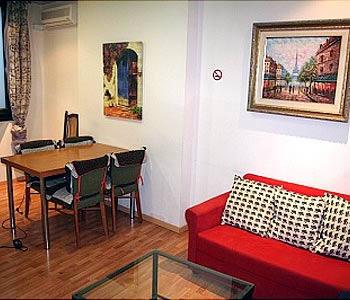 auberge de jeunesse lk en barcelone comparaison les prix. Black Bedroom Furniture Sets. Home Design Ideas
