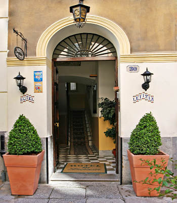 Hotel: Letizia - FOTO 1