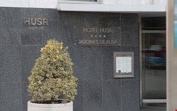 Husa spa jardines de albia in bilbao for Hotel husa jardines de albia