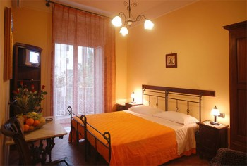 Bed and Breakfast: Conte Cavour - FOTO 3