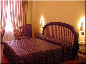 Bed and Breakfast: Alla Dimora Lucense - FOTO 5
