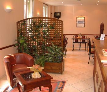 hotel cactus en par s compara precios. Black Bedroom Furniture Sets. Home Design Ideas