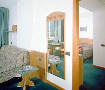 Hotel: Ambassador Suite Hotel - FOTO 4