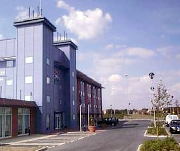 Hôtel: Express By Holiday Inn Oxford-Kassam Stadium - FOTO 1