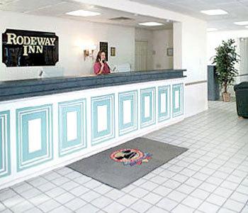 Hotel: Rodeway Inn Maingate - FOTO 1