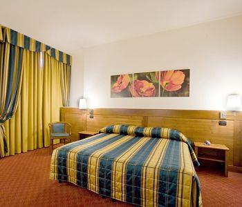 Hotel: Master - FOTO 3
