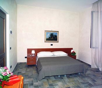 Chambre chez l 39 habitant sibilla albunea tivoli - Chambre chez l habitant italie ...