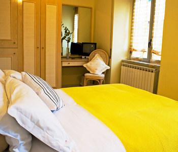 Chambres d 39 h te palazzo starace sorrente comparaison for Chambre d hotes rivoli