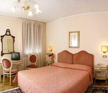 Hotel: Villa Serena Dipendenza - FOTO 4