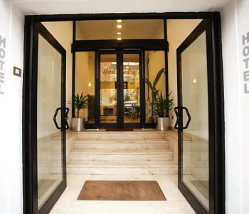 Hotel paradiso a milano confronta i prezzi for Hotel paradiso milano