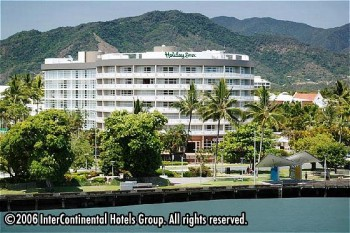 Hotel: Holiday Inn Cairns - FOTO 1