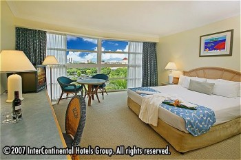Hotel: Holiday Inn Cairns - FOTO 2