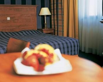Hotel: NH Naarden - FOTO 2