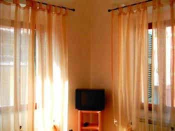 Chambre chez l 39 habitant da vasco lerici comparaison - Chambre chez l habitant italie ...