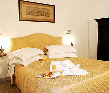 Bed and Breakfast: Napolicentralcity - FOTO 4