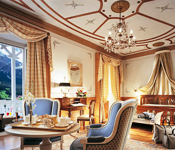 Cristallo palace hotel spa a cortina d 39 ampezzo for Meuble al larin