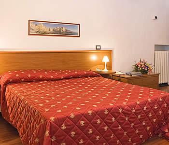 Hotel: Helvetia - FOTO 3