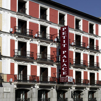 Hotel petit palace puerta del sol a madrid confronta i for Hotel madrid sol