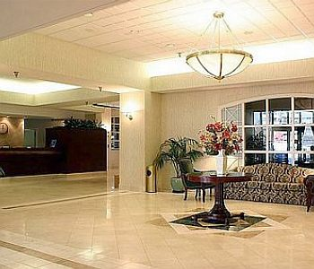 Hotel: Holiday Inn Arlington at Ballston - FOTO 2