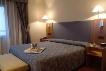 Hotel: NH Principado - FOTO 2