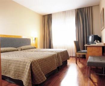 Hotel: NH Parque Avenidas - FOTO 3