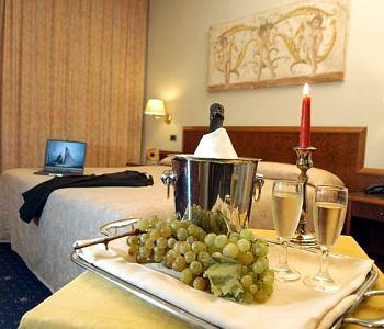 Hotel: Golden Tulip Mirage Hotel - FOTO 2