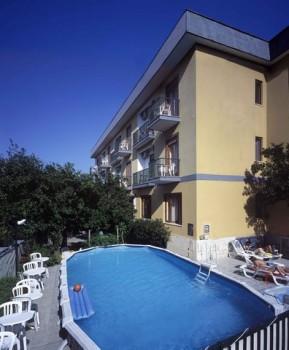 Hotel la pergola a sorrento confronta i prezzi for La pergola prezzi