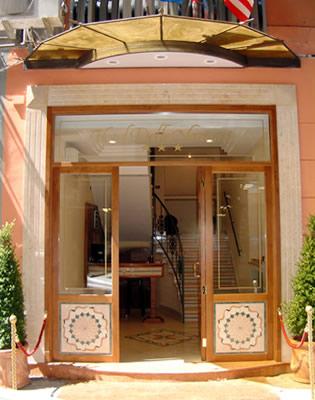 Hotel: De La Ville - FOTO 1