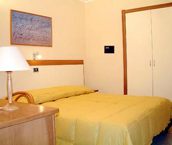 Hotel: De La Ville - FOTO 3