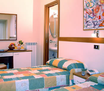 Hotel: De La Ville - FOTO 5