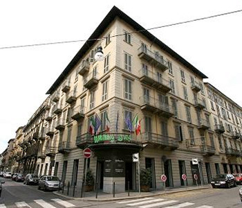 Hotel Holiday Inn Turin City Centre A Torino Confronta I