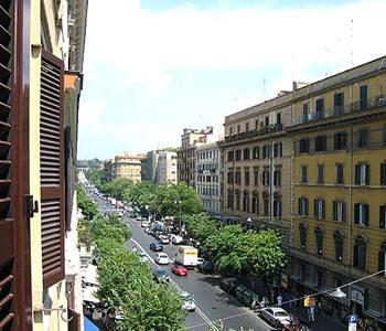 Residenza cola di rienzo suite in rome in rome compare for Hotel gerber roma