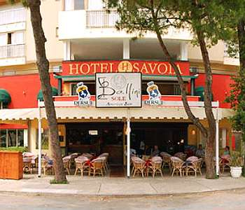Hotel savoia in lignano sabbiadoro compare prices for Hotel meuble oasi