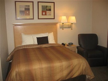 Hotel: Candlewood Suites Fort Myers I-75 - FOTO 2