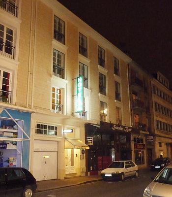 Hotel: De la Fontaine - FOTO 1