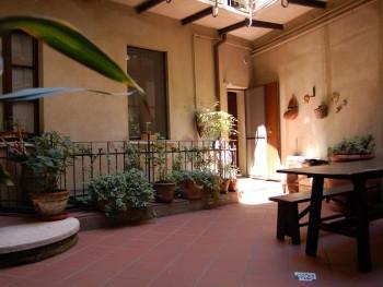 Chambres d 39 h te libenter mantoue comparaison les prix for Hotel mantegna meuble