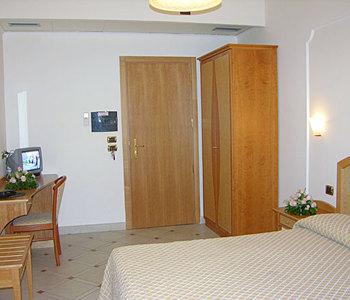 Hotel: Savoia - FOTO 3