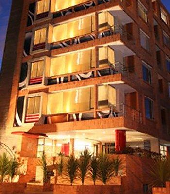 el aparthotel 104 art suites