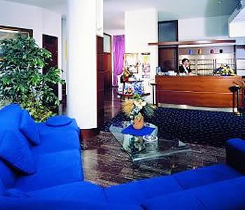 Hotel vina de mar in lignano sabbiadoro compare prices for Hotel meuble oasi