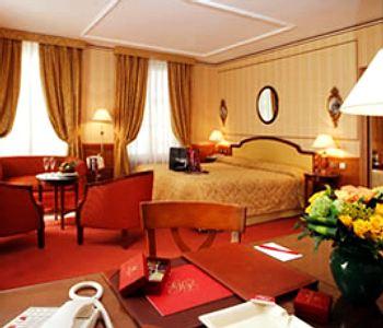 Hotel melia vendome a parigi confronta i prezzi for Appart hotel vendome