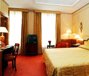 Hotel melia vendome a parigi confronta i prezzi for Appart hotel vendome