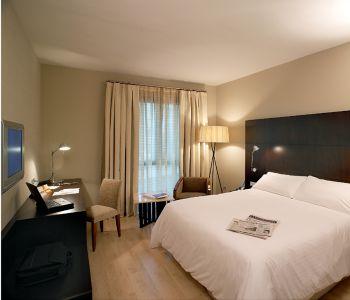 Alexandra barcelona hotel a barcellona confronta i prezzi for Hotel barcellona 4 stelle