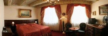 Hotel: U Zlatého Stromu - FOTO 4