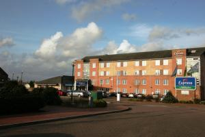 Hotel: Express by Holiday Inn Cardiff Bay - FOTO 1
