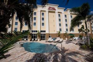 Hotel: Hampton Inn & Suites Fort Myers-Colonial Boulevard - FOTO 1